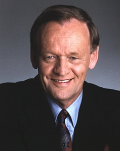 Prime Minister Jean Chrétien offered condolences to families of victims after the terror attacks of nine eleven